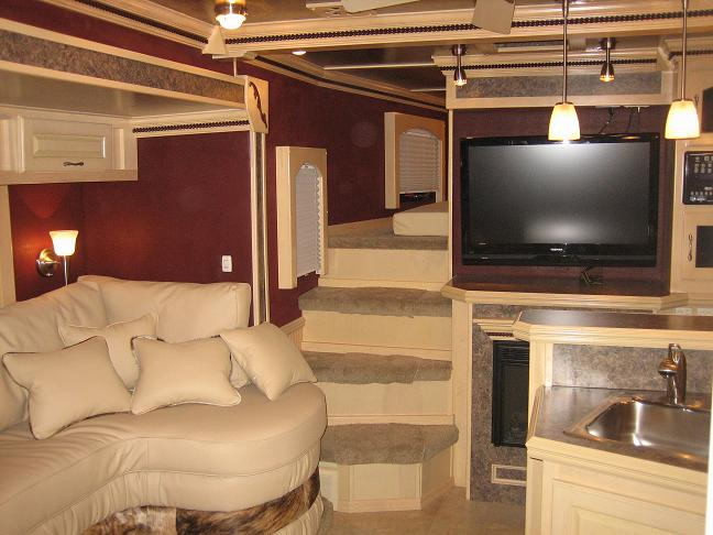 Great Trail Rider Horse Trailers Factory Direct Horse Trailers, Living Quarters  Horse Trailers